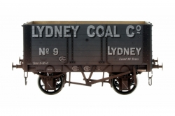 7 PLANK 9 W/B 2 DOOR WEATHERED LIDNEY COAL NUMBER 9