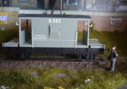 B582 LT BRAKE VAN