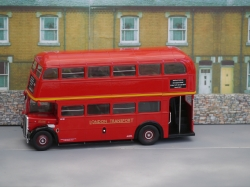 IXO REGENT 111 RT BUS 1938