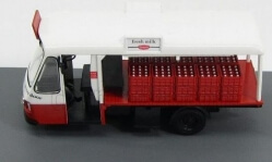 Milk Float 1/43
