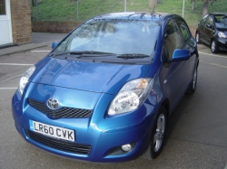 1060        YARIS 1.33 TR 5DR AUTOMATIC