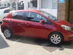 1061 YARIS TR 1.33 5DR AUTOMATIC, ONLY 37K