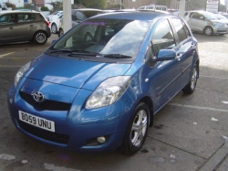 0959 YARIS 1.33 TR 5DR AUTOMATIC, BLUE METALLIC