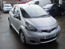 1161    AYGO 1.0 5DR ICE, SILVER