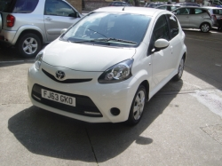 1363     AYGO 1.0 5DR MOVE WITH STYLE, WHITE, 18K