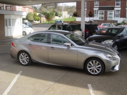 1515     LEXUS IS300H EXECUTIVE EDITION HYBRID 2.5 AUTOMATIC SALOON, SILVER, 21K, FSH