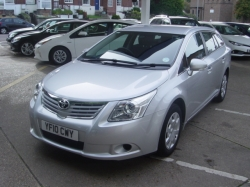 1010      AVENSIS 1.8 T2 ESTATE AUTOMATIC, ONLY 28K WITH FSH