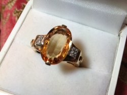 Vintage topaz and diamond ring in 18ct yellow gold