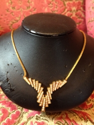 Diamond and 18ct yellow gold necklace