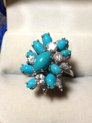18ct white gold, diamonds and turquoise vintage ring