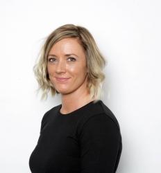 Key Account Director - Lindsay Batoryk