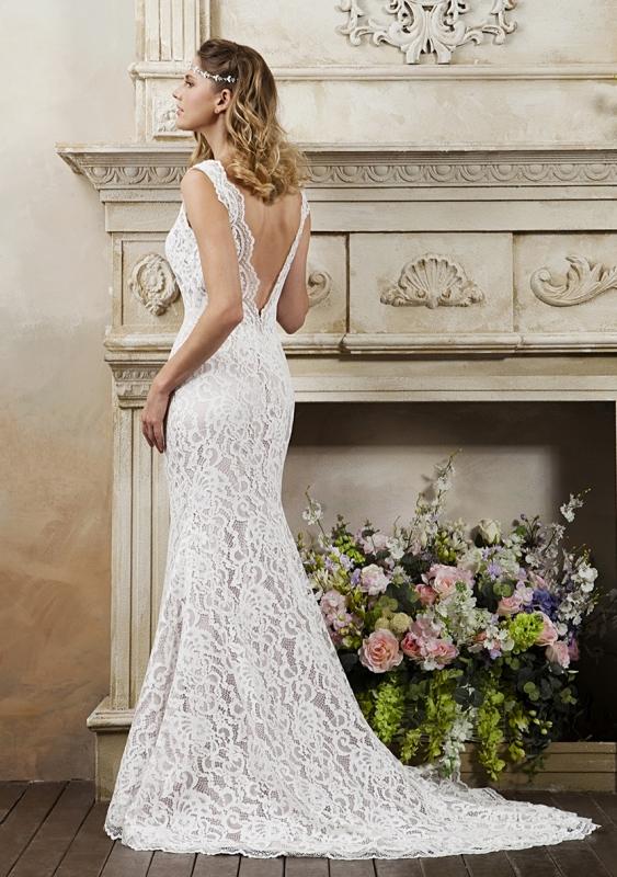 R895 - True Bride