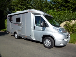 2010 BURSTNER TRAVEL VAN 620G - SAVE £1,000