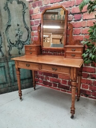Pitch pine dressing table with mirror