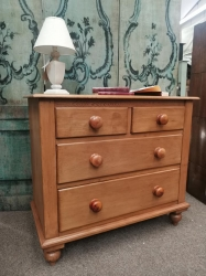 2/2 Victorian pine chest of drawers fully restored