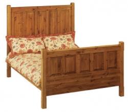 Breton pine panelled bed