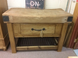 Butchers block with metal grill