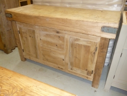 Butcher's Block 2 Drawer 2 Door