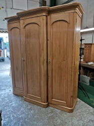 RARE Victorian pine wardrobe with pull out slides