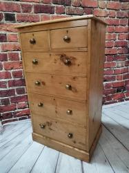 Rare Victorian wellington chest SOLD