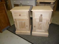 1 Drawer and 1 Door Bedsides