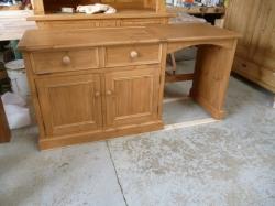 Handmade opening desk