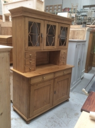 Antique Dresser With Beautiful Wooden Frames