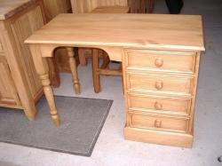 Single sided desk