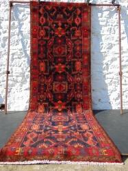 Borchalu. n/w iran.317 x 113 cm.  10' 5
