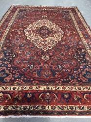 Bakhtiari. 309 x 193