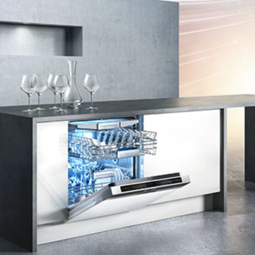 All of our ranges are factory built to the highest standards & we combine our superb kitchens with appliances by Siemens