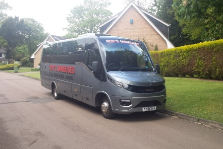 Mini bus for business hire