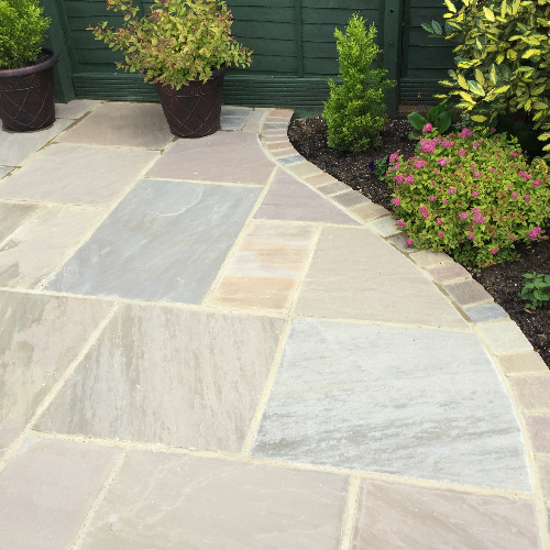 ProPave can carry out driveway installations and maintenance for an extremely competitive price.