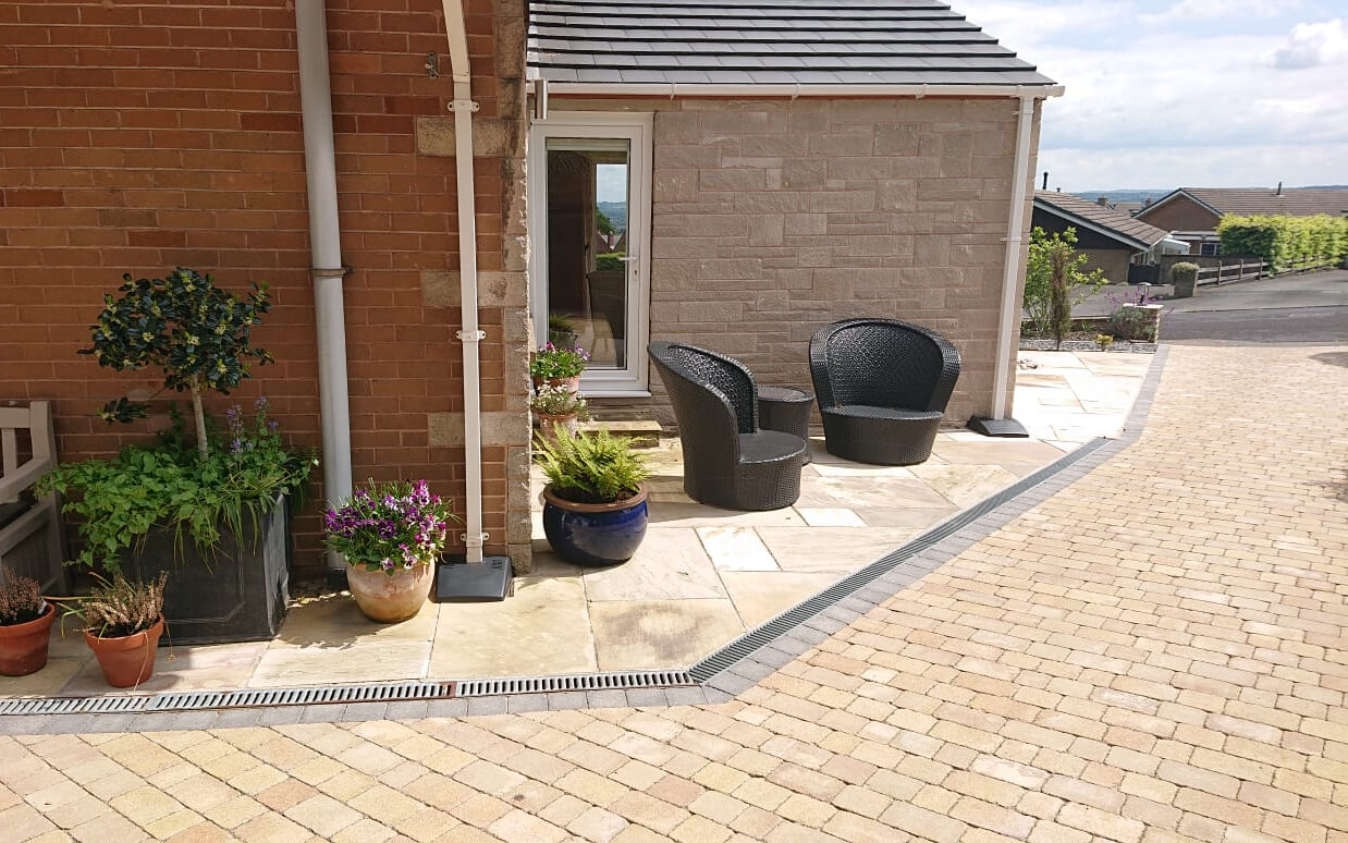 Paving and Walling