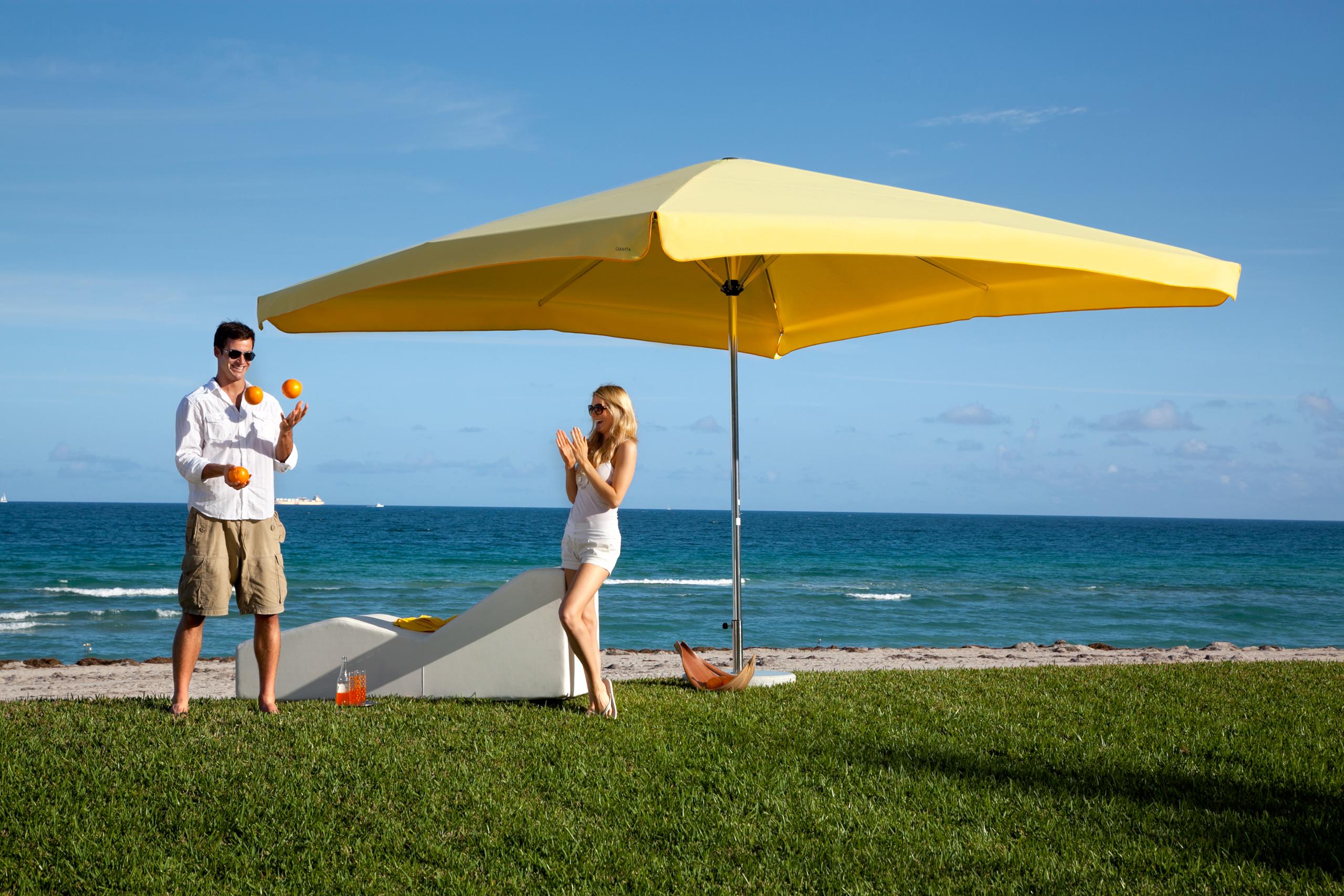 Caravita Sunshades