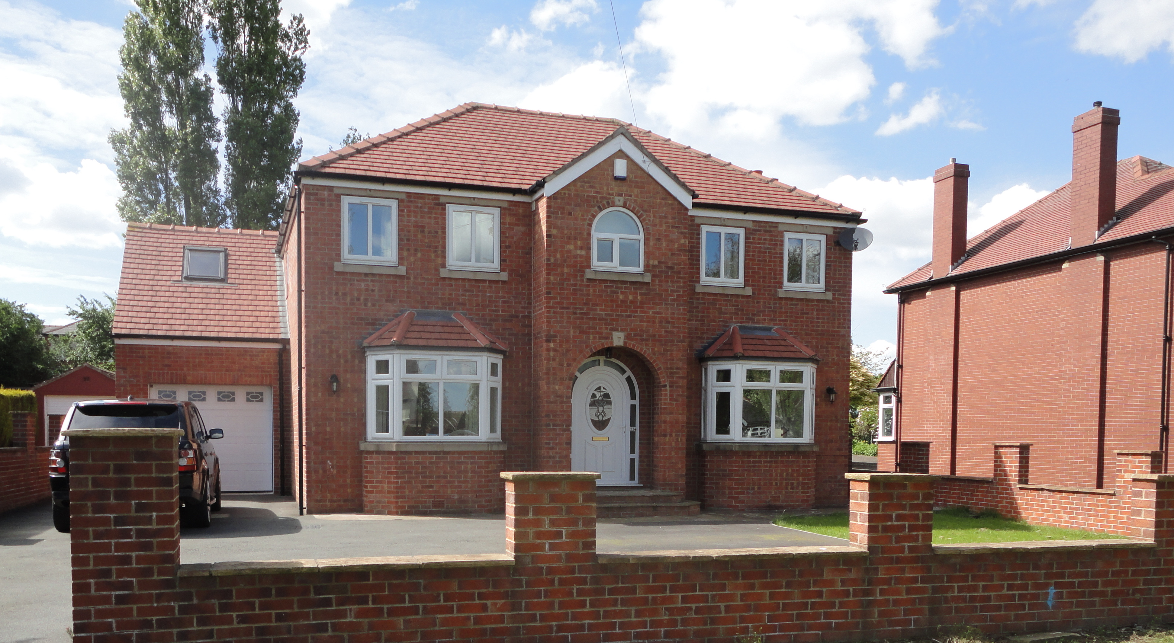 5 Bedrooms - Liversedge